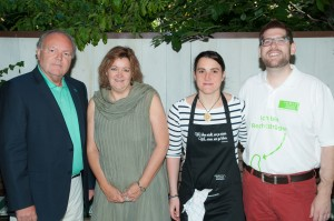 Dr. Pohanka, Andrea Schatke (Astellas), Marlies Geier, Claus Pohnitzer (v.l.)